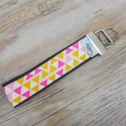 Klíčenka Made by Veru - Růžovožluté trojúhelníky