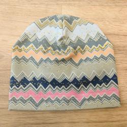 Tynka stylová čepice 44 - 46 cm - barevný cikcak