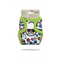 Petit Lulu Novorozenecké svrchní kalhotky - Mexické lebky na bílé